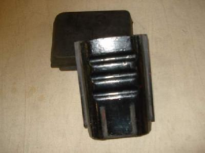 Rubber feet for crawlers military vehicles